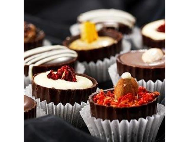 Angajez muncitori fabrica de dulciuri Germania
